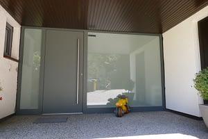 Einbau Haus- und Glastür